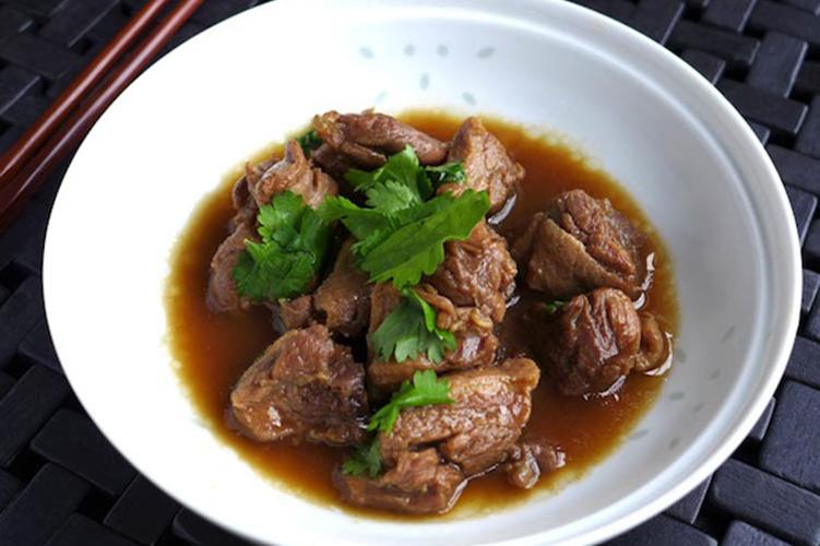 stewed-duck-in-tamarind-sauce-ped-toon-nam-ma-kham