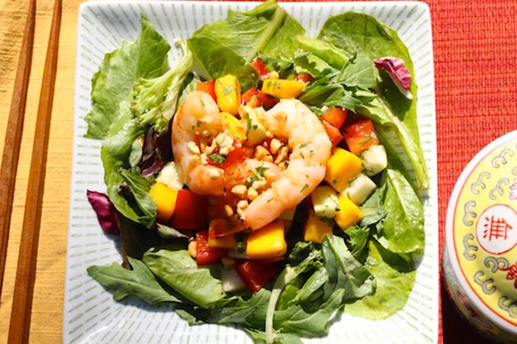 thai-mango-and-prawn-salad